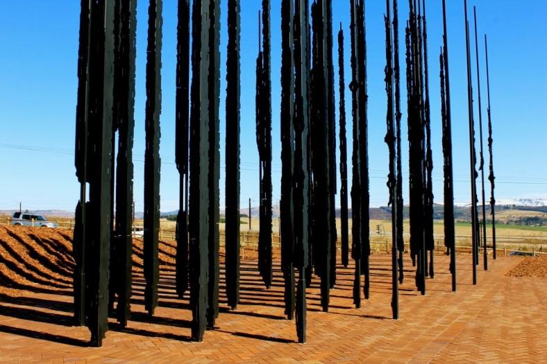 Marco-Cianfanelli-Nelson-Mandela-Capture-Monument